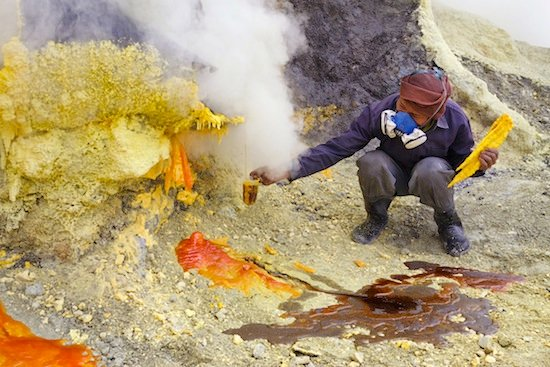 how to get sulfur natural resources
