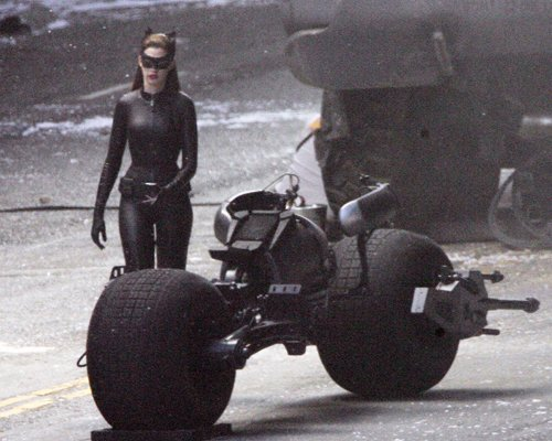 Anne Hathaway's Catwoman Costume The Mary Sue