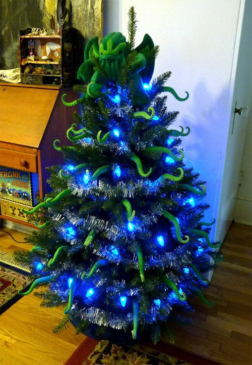 A Bunch of Unconventional, Interesting Christmas Trees | The Mary Sue