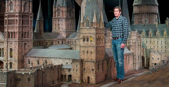 Huge Model Of Hogwarts Castle From Harry Potter The Mary Sue