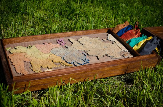 This Handmade Game of Thrones Board Game is Gorgeous | The Mary Sue