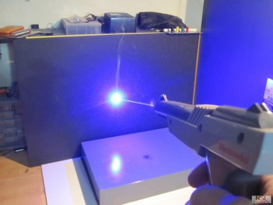 Как сделать лазер на фото 885