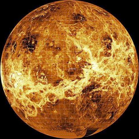 769px-Venus--Magellan_Composite
