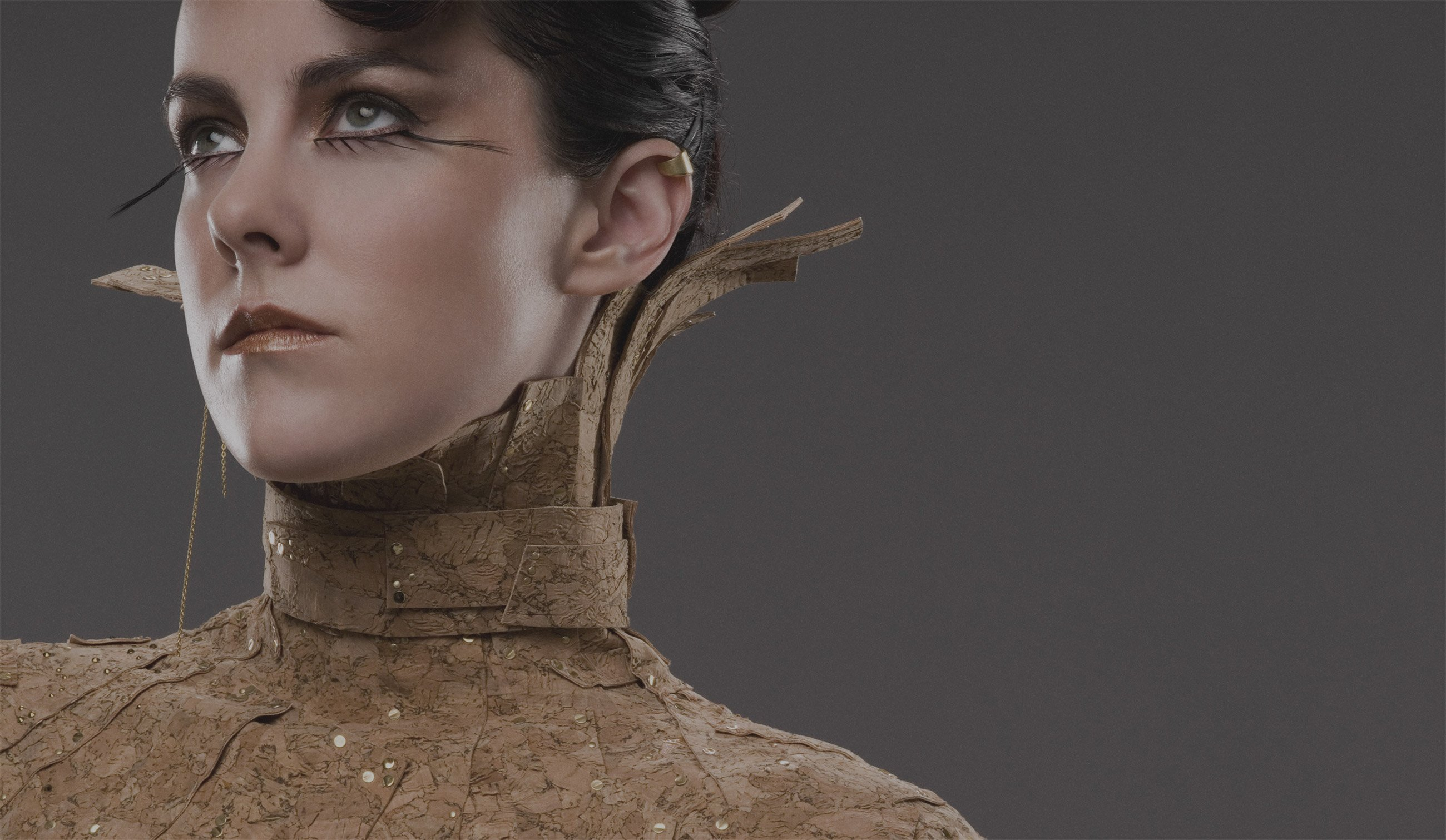 Catching Fire's Johanna Mason Strikes A Pose In The ...