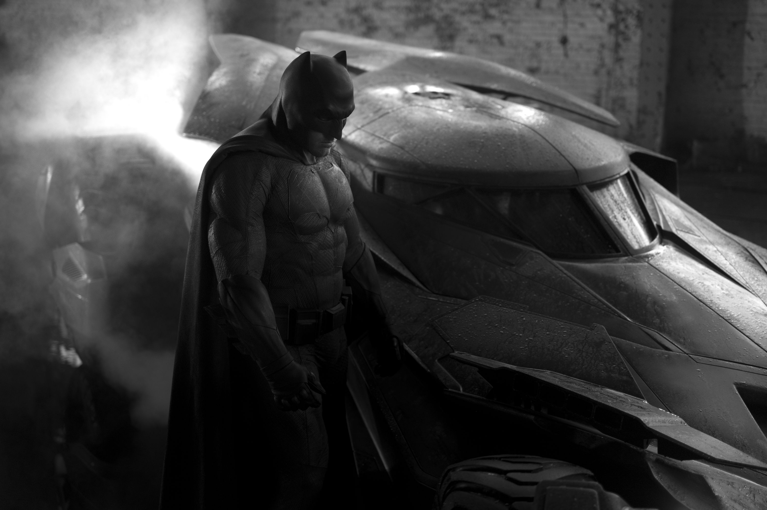http://www.themarysue.com/wp-content/uploads/2014/05/BatmanAffleckBatmobile.jpg