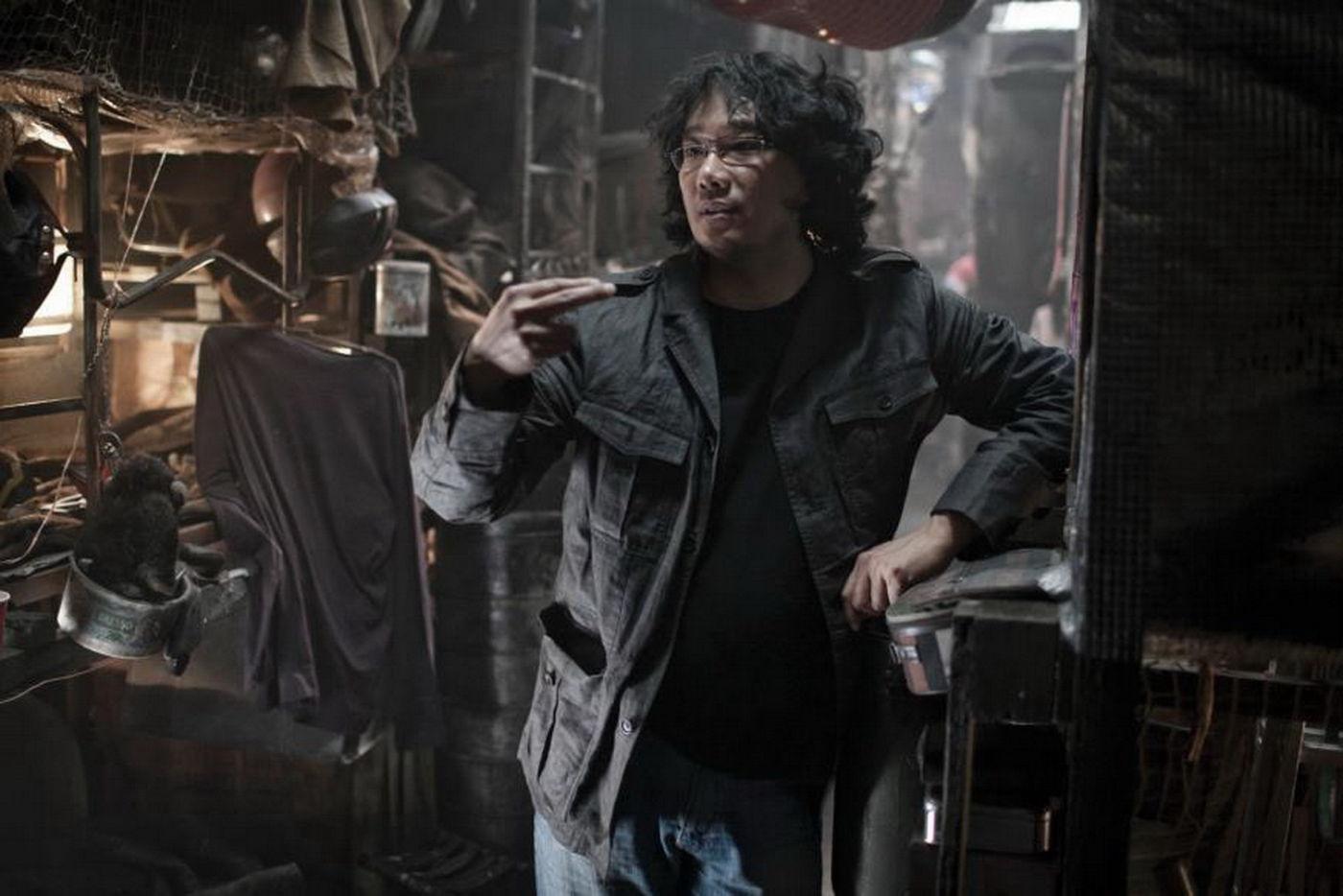 Bong Joon-ho on the set of <em>Snowpiercer</em>