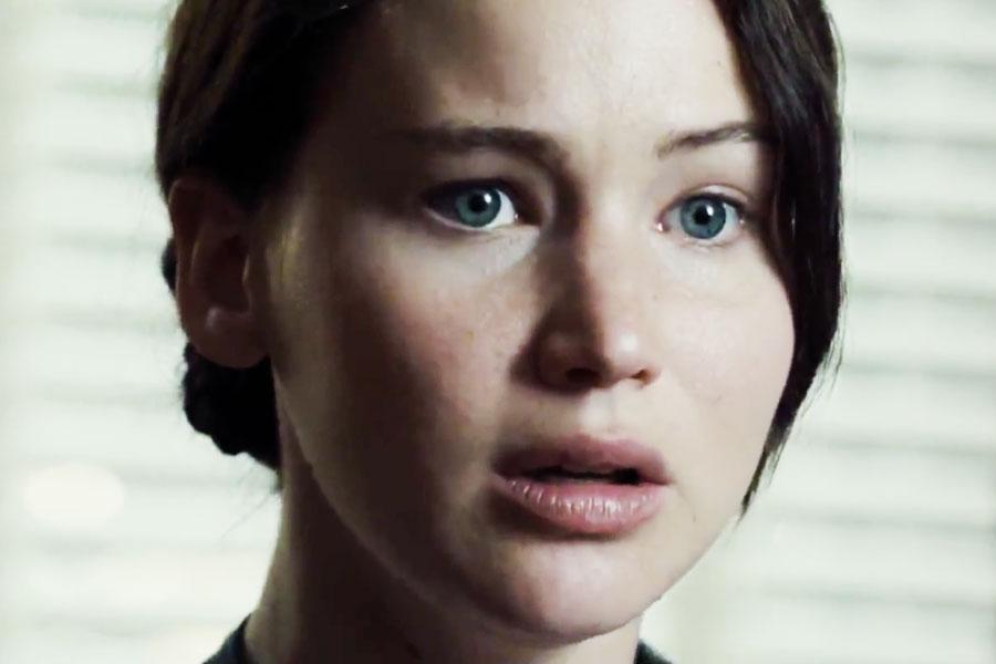 Hunger-Games-Katniss-Gale-Goodbye-900-600
