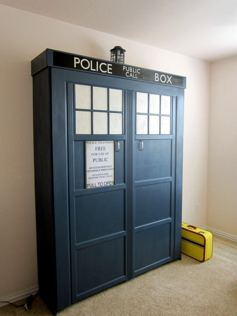This Tardis Replica Is A Fold Down Bed The Mary Sue
