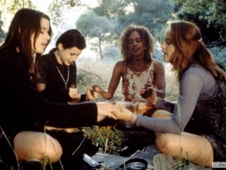teen witches medidate