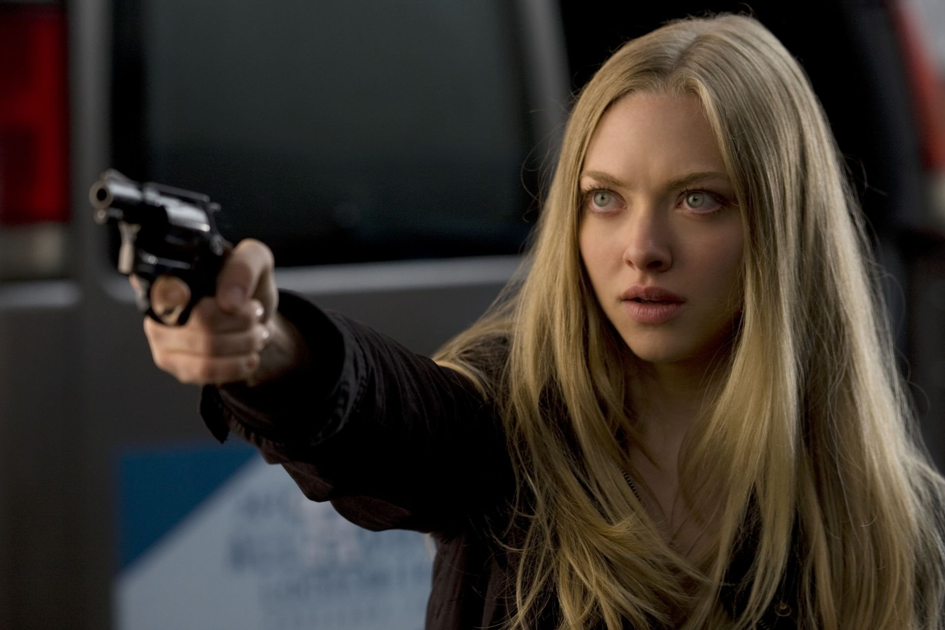 Amanda Seyfried Was Paid 10% of What Her Male Co-Stars Got ...