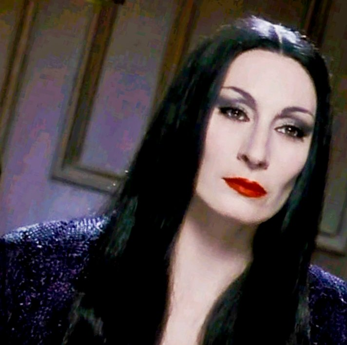 Psychology of Inspirational Women: Morticia Addams | The ...
