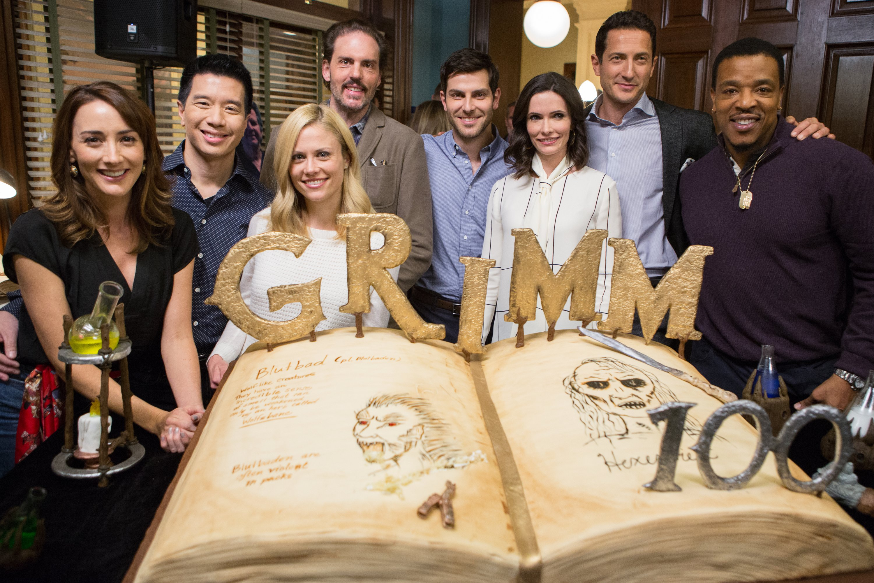 Interview Grimm Cast Celebrates 100th Ep The Mary Sue