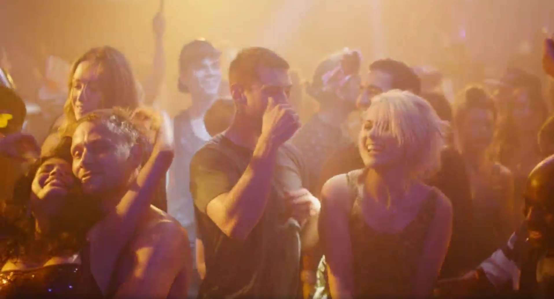 Sense8 Christmas Special.Review Sense8 A Christmas Special Is Less Than Spectacular