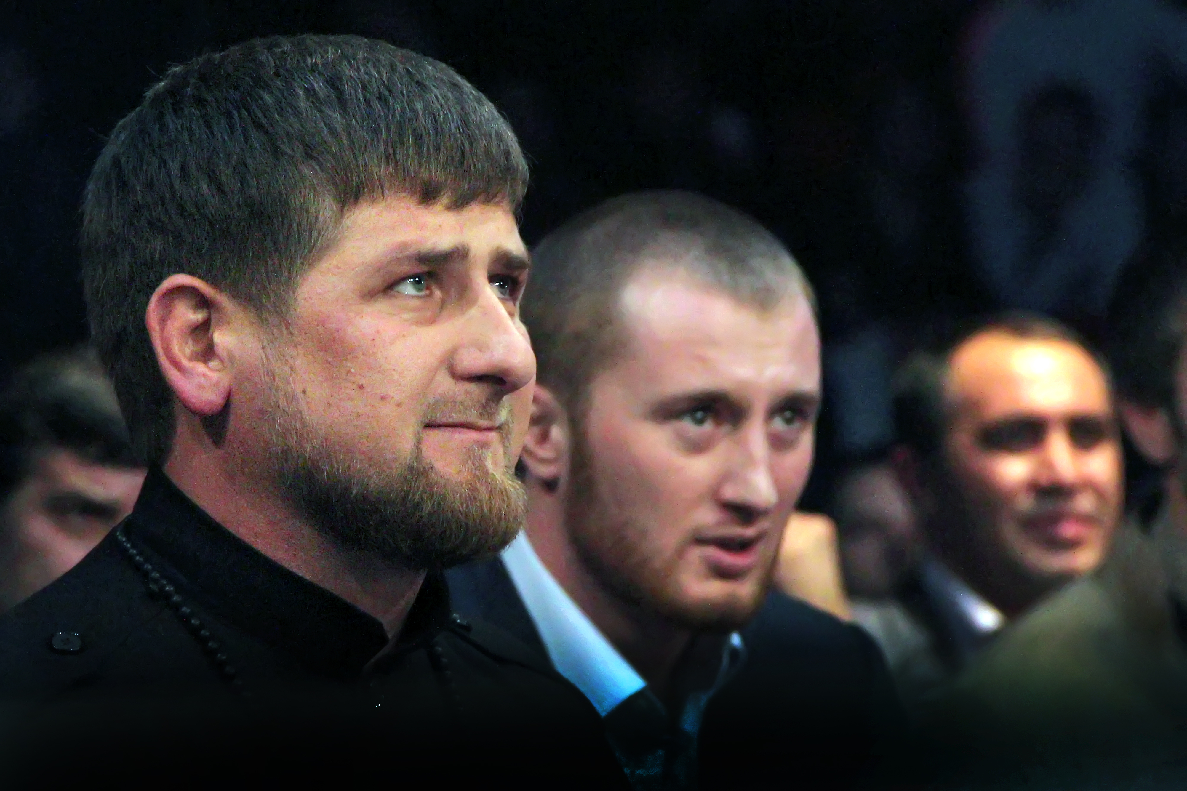 Kadyrov urged to vote for the image of Grozny and Derbent on new banknotes 11