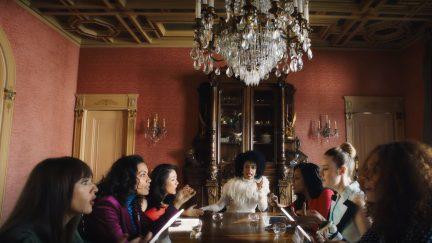 image: screencap Rashida Jones, Rosario Dawson, Constance Wu, Janet Mock, Niecy Nash