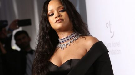 Rihanna side eye