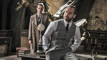 New look at Jude Law as Dumbledore in Fantastic Beasts 2