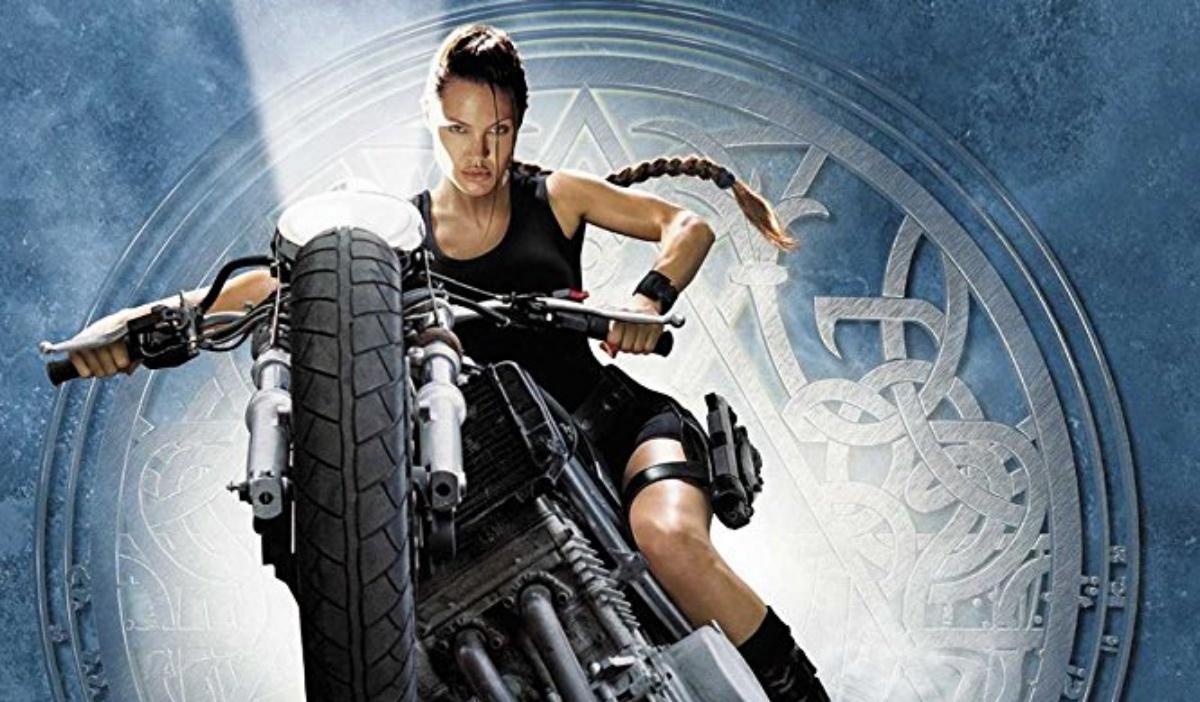 Lara Croft Female Empowerment Vs Object Of The Male Gaze The Mary Sue