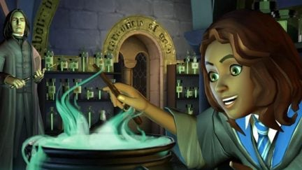 The Harry Potter: Hogwarts Mystery Mobile Game Is Out Now ...