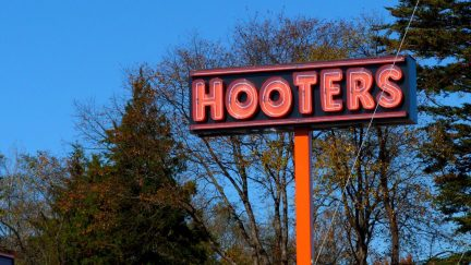 hooters fix millennials