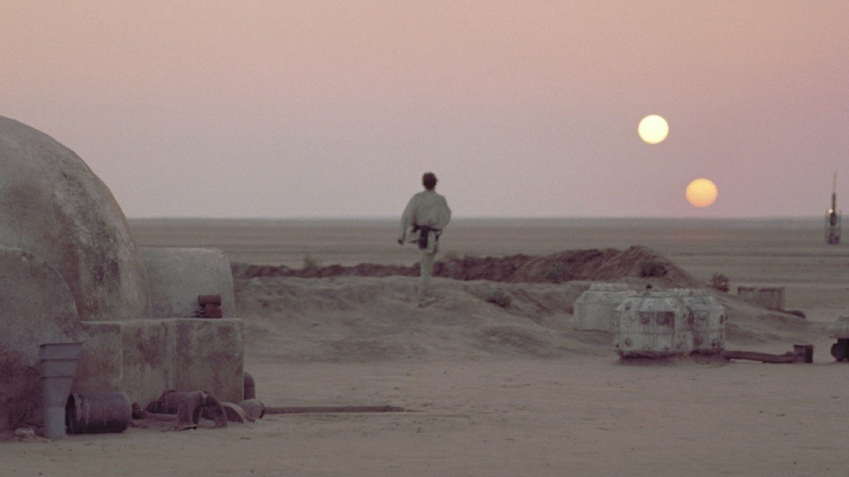 Hate to Disagree With Mark Hamill About Luke Skywalker's Introduction, but That's Just the Galaxy We Live In