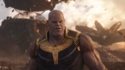 Avengers 4 Behind-the-Scenes Image Tease Instantly Devolves Into Absurdity thumbnail