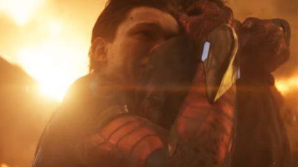 Spider-Man hugs Iron Man Marvel's Avengers: Infinity War