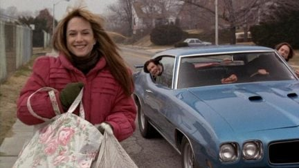 holly hunter in Home for the Holidays
