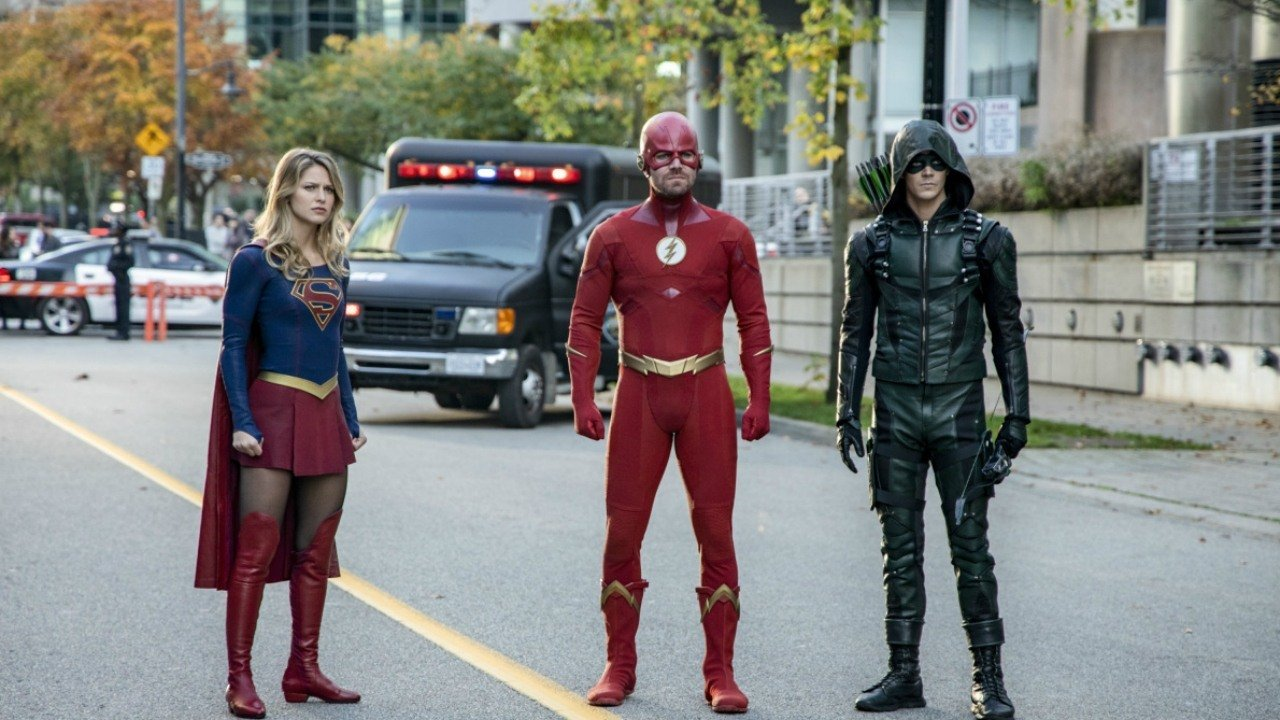 Elseworlds Sidelines Supergirl and Sets Up Crisis Crossover - The Mary Sue thumbnail
