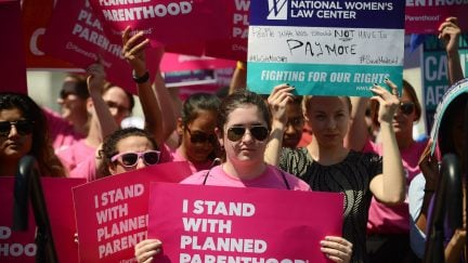planned parenthood protest medicaid