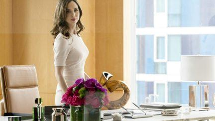 Eliza Dushku in Bull living her best life
