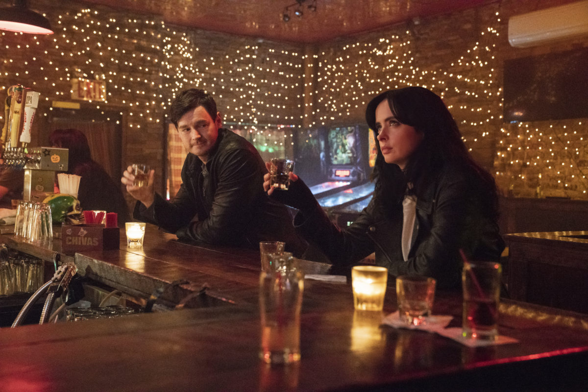 Season 3 of Jessica Jones Wrestles With Heroism, Family, and Expectations