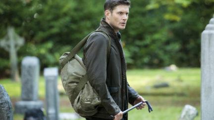 Dean carrier a crowbar