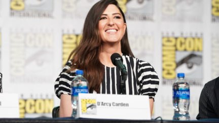 D'arcy carden at Comic Con