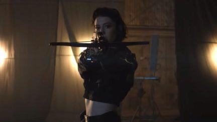 Mary Elizabeth Winstead as Huntress in Birds of Prey