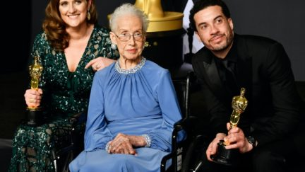 HOLLYWOOD, CA - FEBRUARY 26: NASA mathematician Katherine Johnson (C) and director Ezra Edelman (R) and producer Caroline Waterlow (L), winners of Best Documentary Feature for 'O.J.: Made in America' pose in the press room during the 89th Annual Academy Awards at Hollywood & Highland Center on February 26, 2017 in Hollywood, California. (Photo by Frazer Harrison/Getty Images)