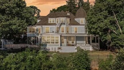 1 late place in nyack new york, a lovely haunted voctorian home