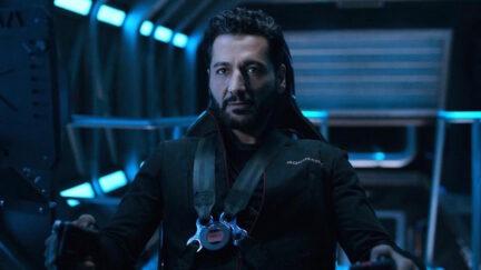 Actor Cas Anvar as Alex Kamal on The Expanse