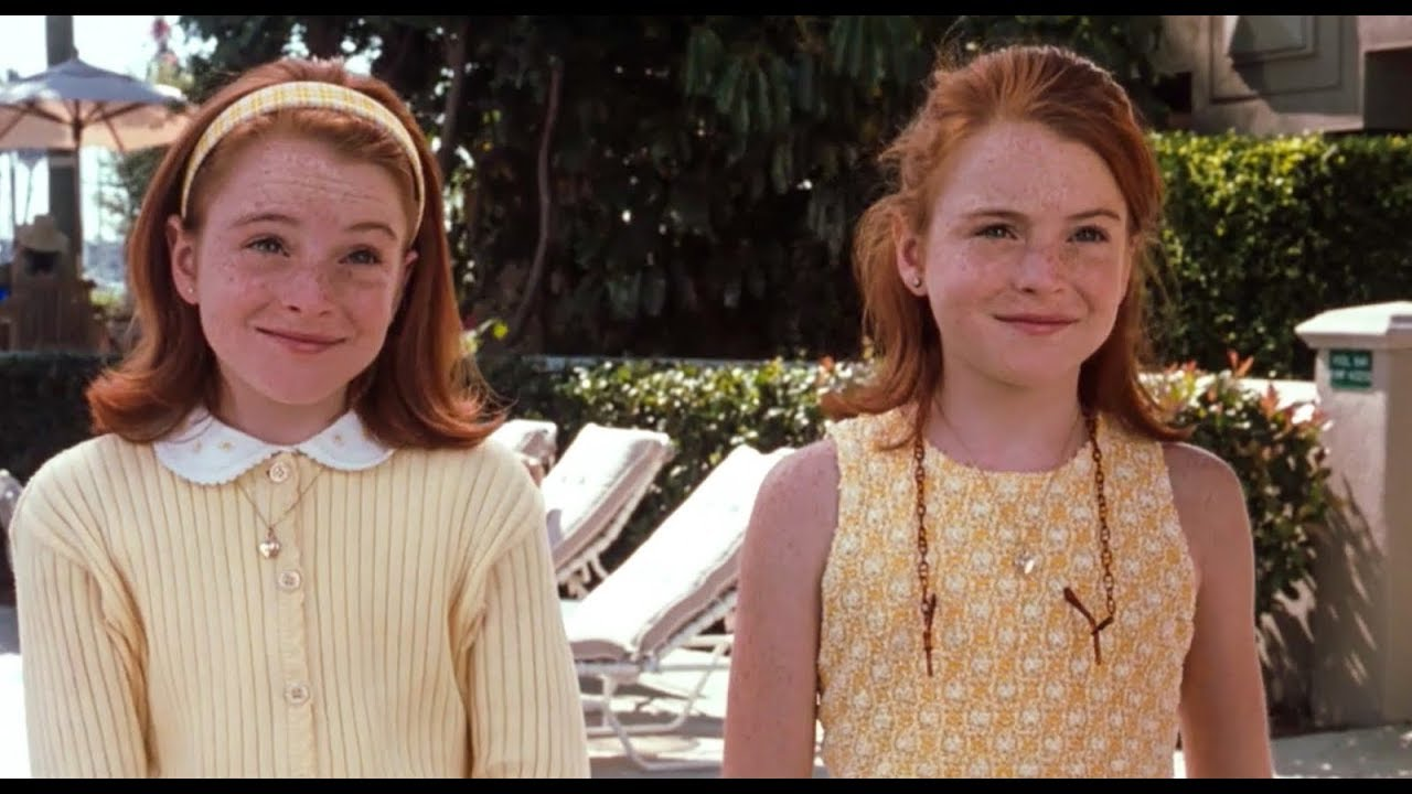 Annie and Hallie Are Back With the Cast of 'The Parent Trap' | The Mary Sue