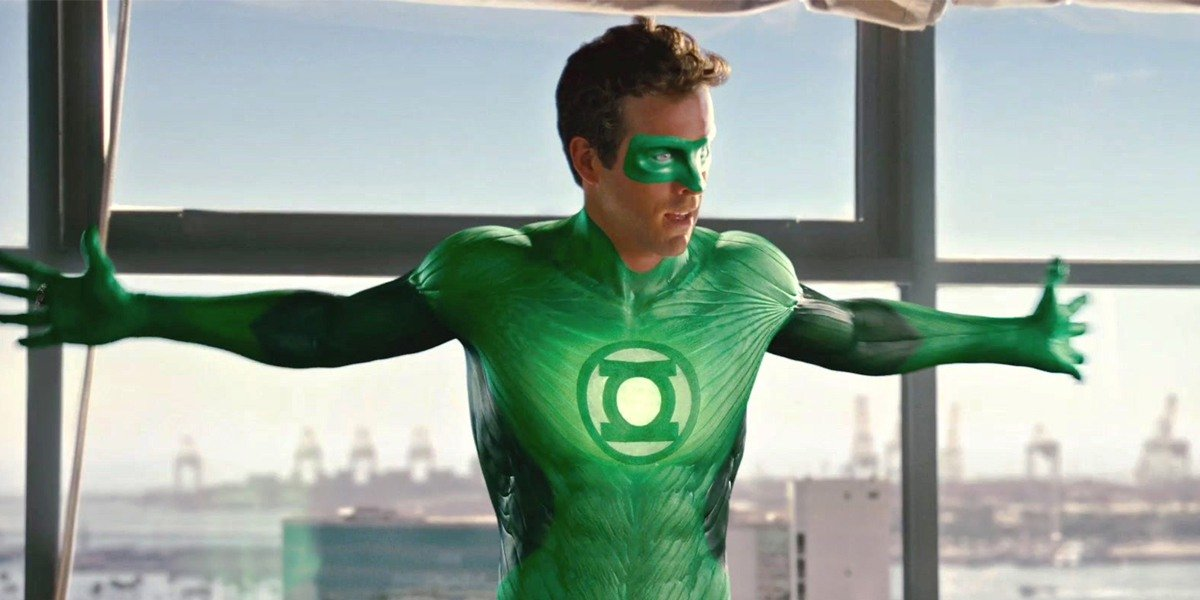 "Ryan Reynolds' ""Reynolds Cut"" of Green Lantern Sure Makes Some … Big Changes"