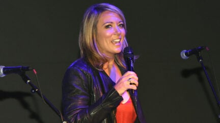 Brooke Baldwin performs at the White House Correspondents' Jam