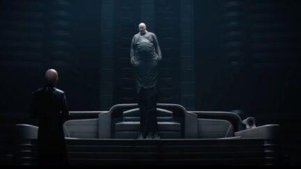 Stellan Skarsgård as Baron Vladimir Harkonnen floating like a champ