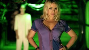 Billie Piper standing with her hands on her hips as Rose Tyler on Doctor Who
