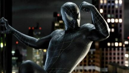 Tobey Maguire flexing with Venom in Spider-Man 3
