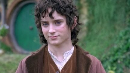 Elijah Wood poses as hobbit Frodo Baggins at Bag End in 'Lord of the Rings'