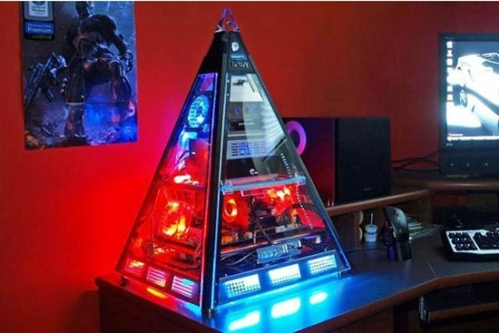 Pyramid PC