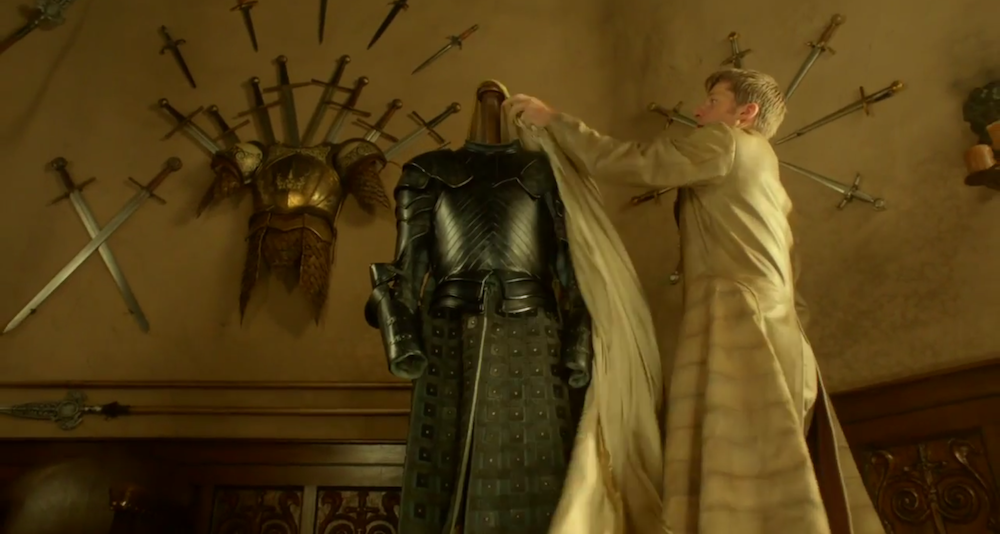 Brienne's the other one in this scene, BTW.
