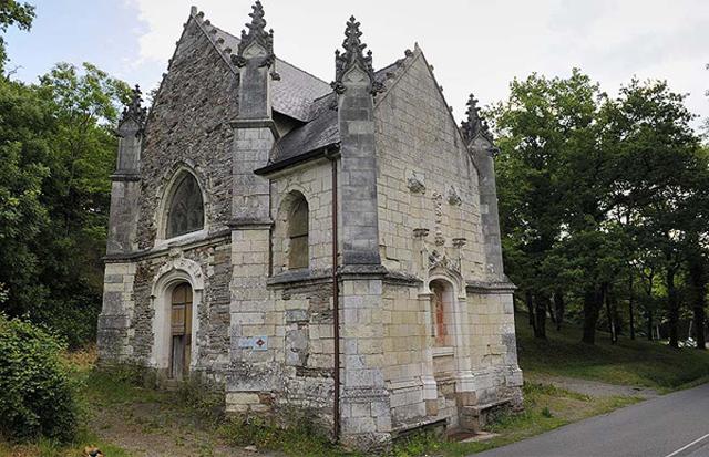 gargoyle-church