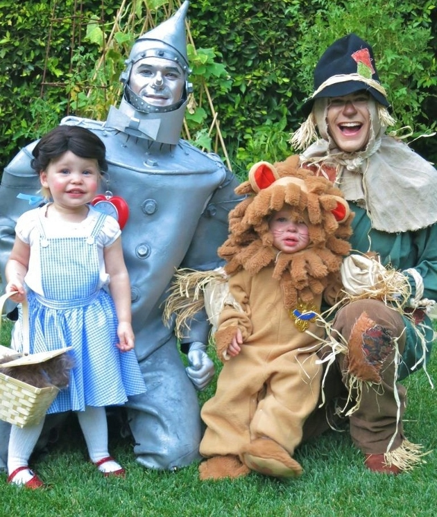 Neil Patrick Harris with his family