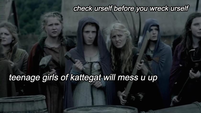 teenage-girls-vikings
